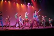大手テーマパークに、現在約70名がダンサー、シンガー、アクターとしてレギュラー出演中!